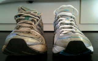 Можно ли спортивную обувь стирать в машинке