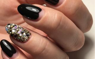 Маникюр на короткие ногти черного цвета