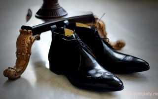 Обувь давит на ногти