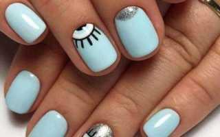 Маникюр на короткие ногти голубого цвета